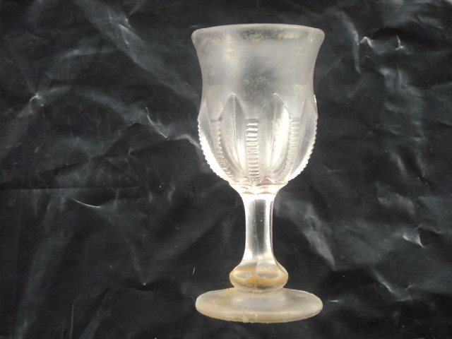 Rare 200 year old glass found from a wrecked ship