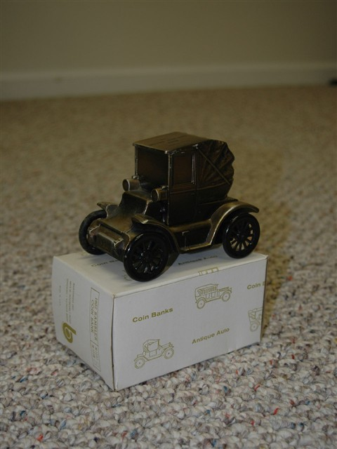 1900 Model Tin Coin Bank