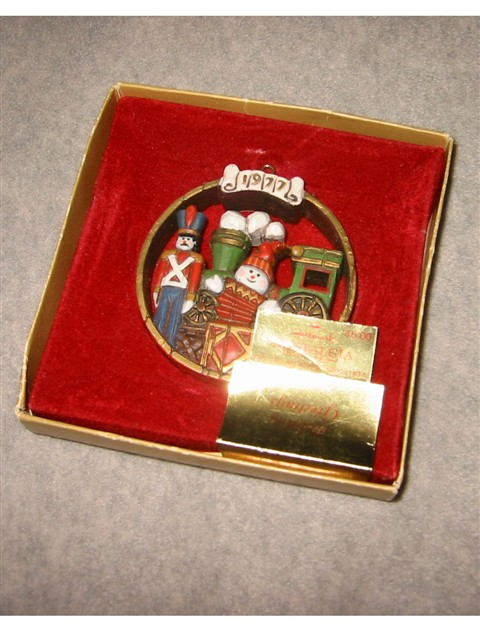 Hallmark Ornament -- 1977 Nostalgia Collection -- Toys