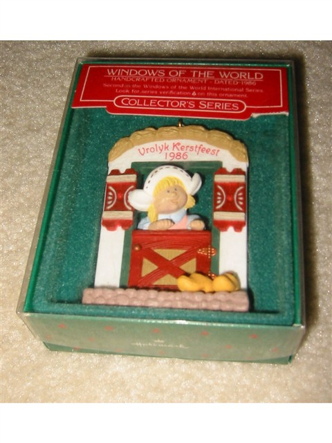 Hallmark Ornament - 1986 Windows of the World -- Holland window