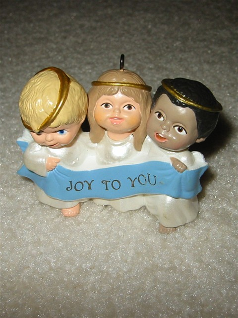 Hallmark Ornament -- Joyful Trio 1989