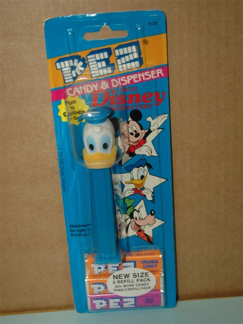 Disney - Donald Duck Pez Closed Bill (MOC)