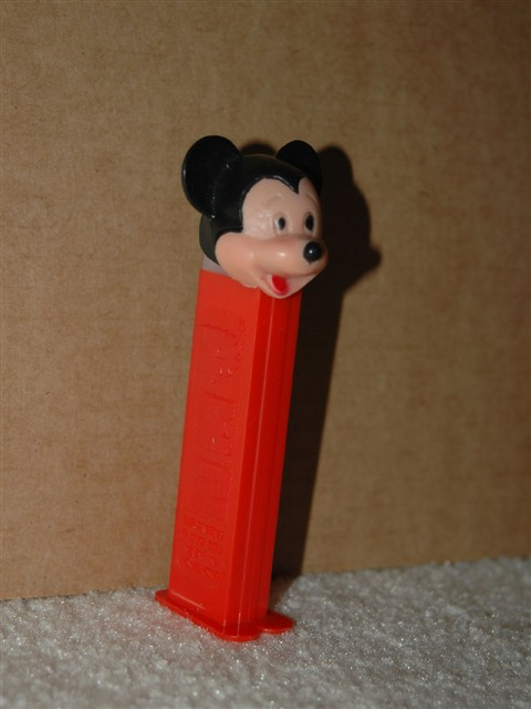 Disney - Mickey Mouse D Pez (Poke Thru Nose)