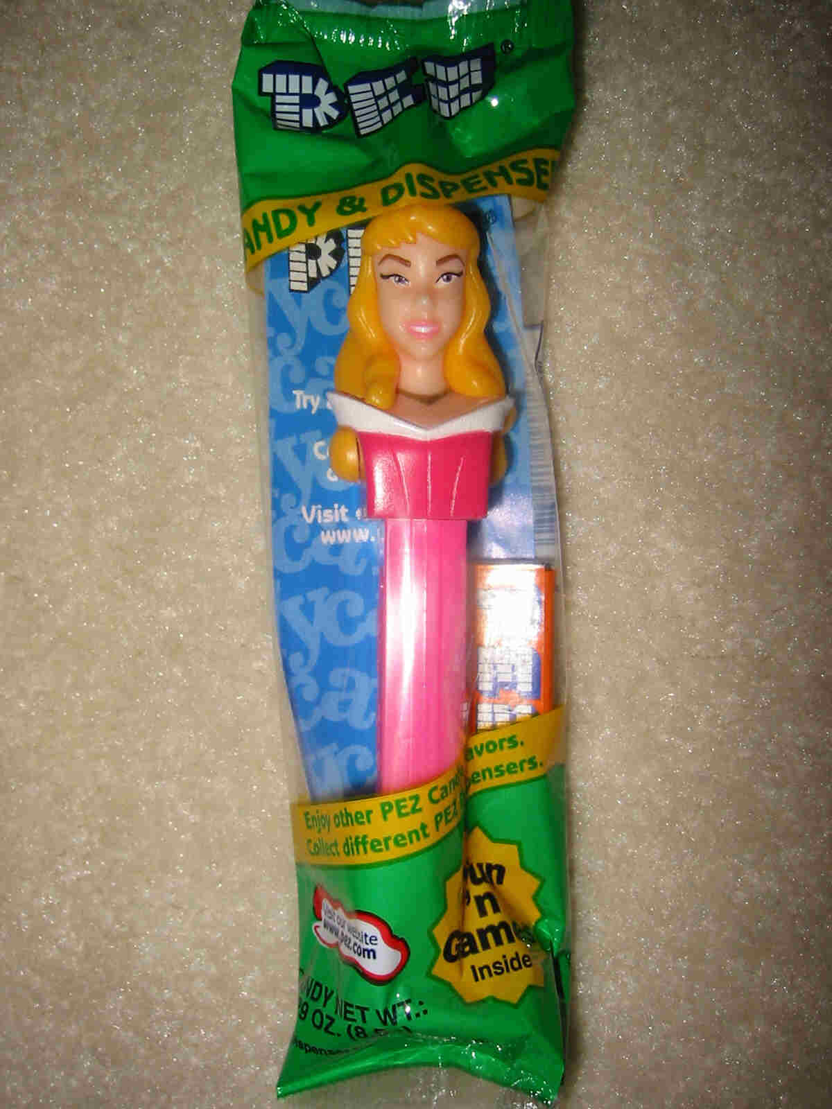 Disney Princesses Pez - Aurora Sleeping Beauty (MIB)
