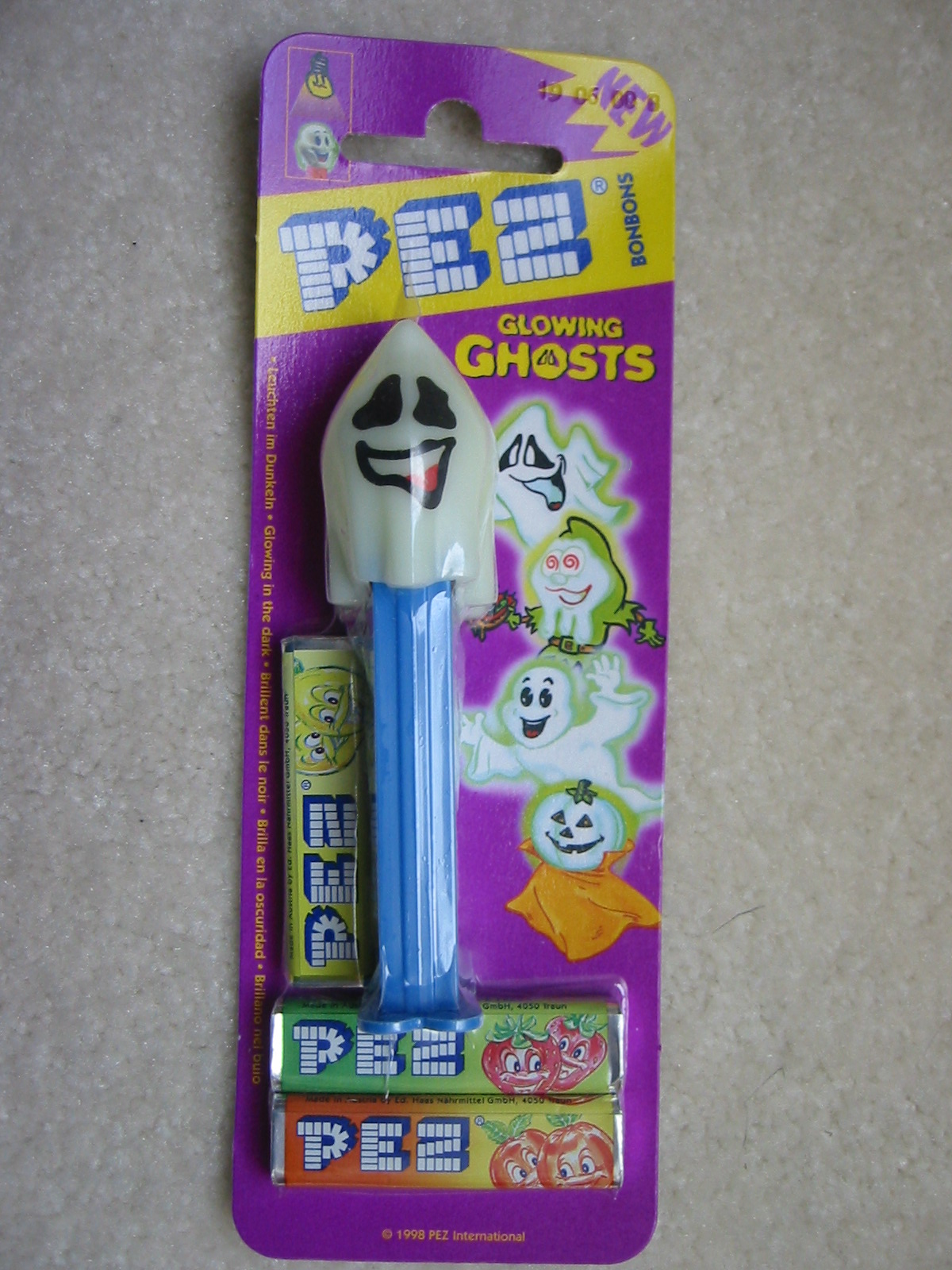 Halloween Glow-N-Dark Pez, Naughty Neil (MOEC)