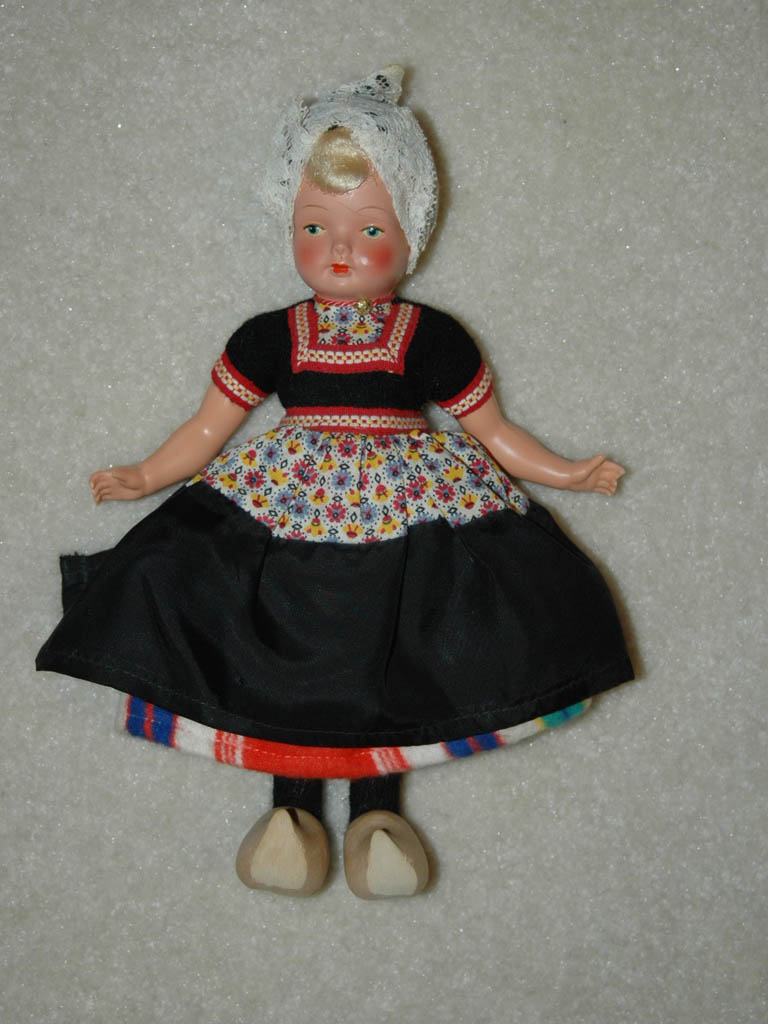 Dutch Folkdress Doll