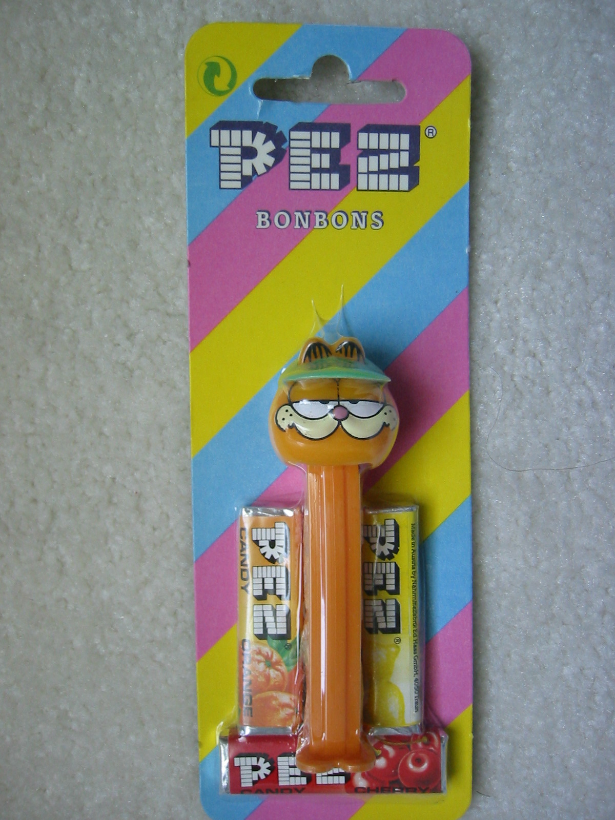 Garfield Pez with Cap (MOEC)